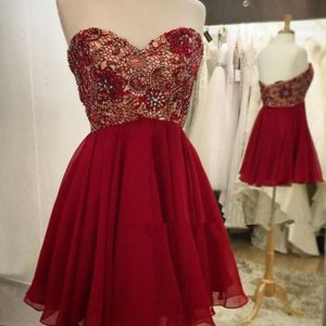 Adorable Sweetheart Short Sleeveless Wine Homecoming Dress with Beading Lace