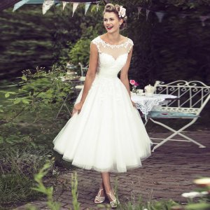 A-Line Bateau Cap Sleeves Mid-Calf Tulle Hall Wedding Dress with Appliques