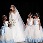 Ball Gown Round Neck Cap Sleeves White Tulle Flower Girl Dress with Appliques