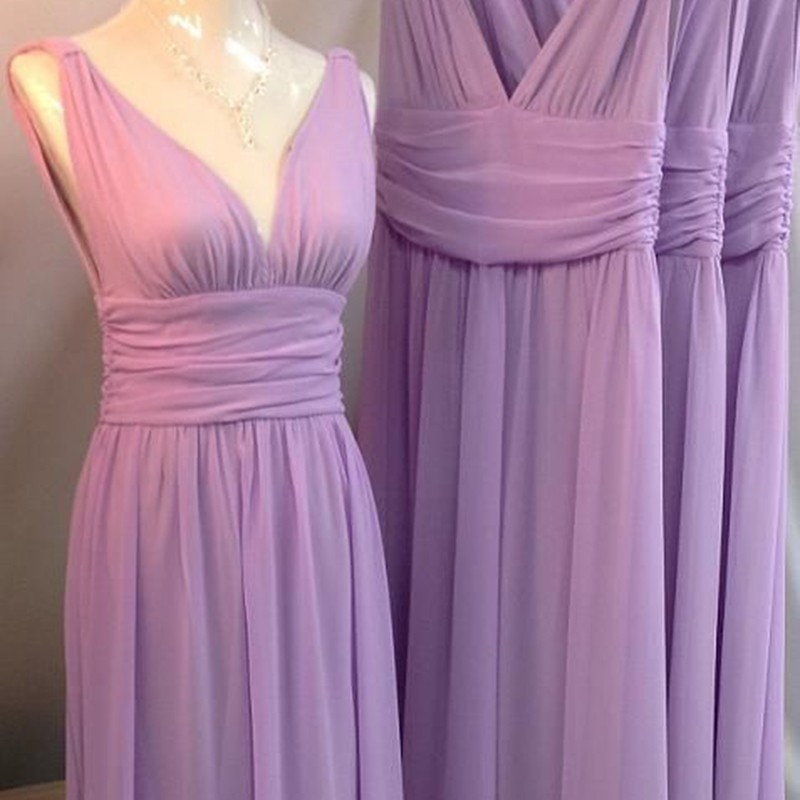 A-Line Deep V-Neck Backless Lilac Chiffon Pleated Bridesmaid Dress