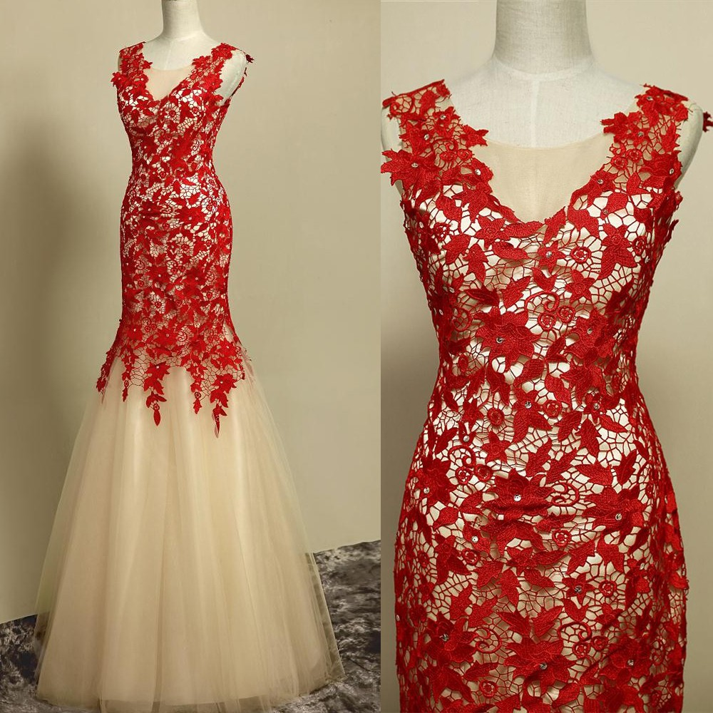 Elegant Sheath Floor Length Tulle Scoop Lace-Up Red Evening/Prom Dress With Appliques