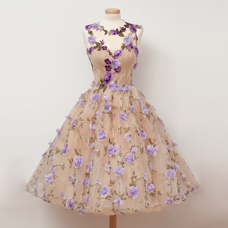 Gorgeous Jewel Tea Length Homecoming Dresses with Handmade Flowers