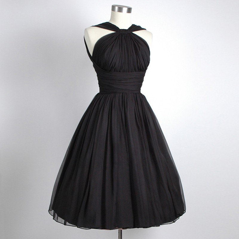 Vintage Straps Knee-Length Black Homecoming Dresses Ruched
