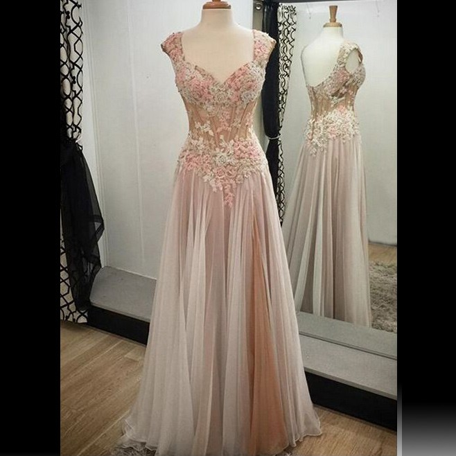 Elegant V-neck Cap Sleeves Long Homecoming Dress with Appliques Open Back