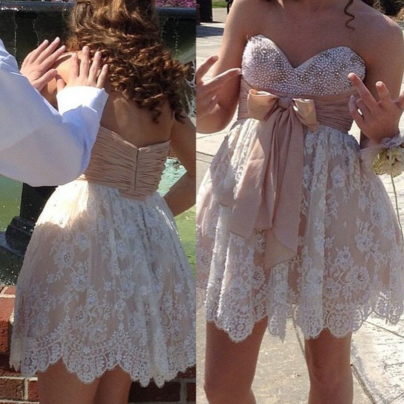 Sweet Champagne Sweetheart Short Sleeveless Lace Homecoming Dress with Beading Bowknot