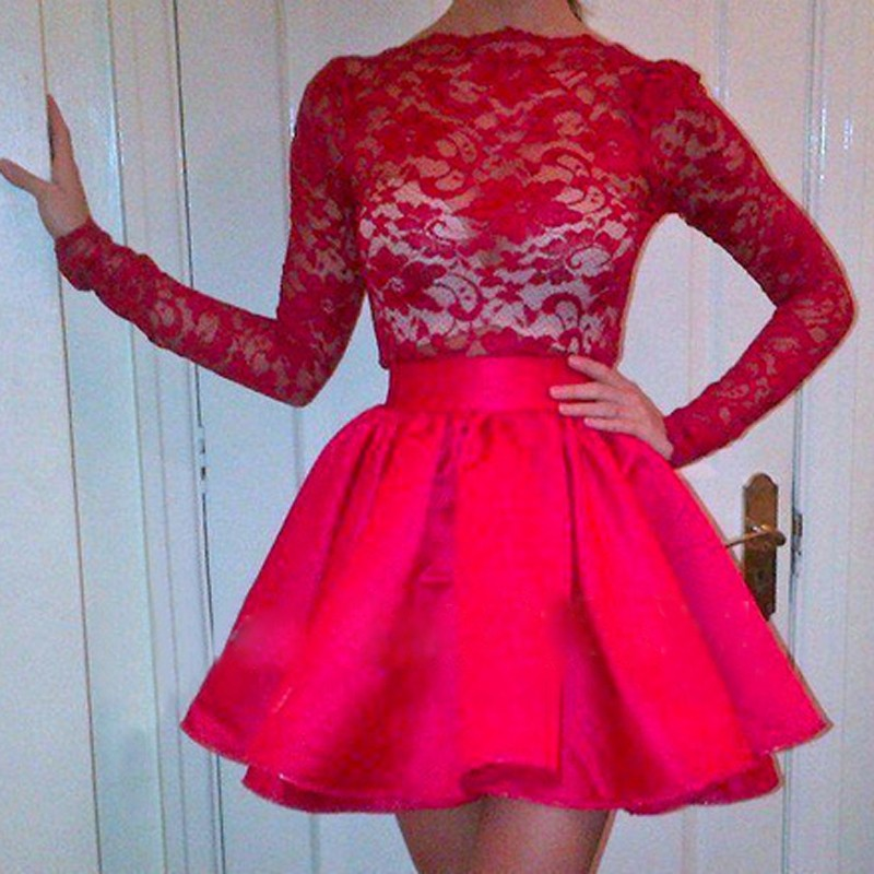 Hot Scalloped-Edge Long Sleeves Short Red Homecoming Dress with Lace Top