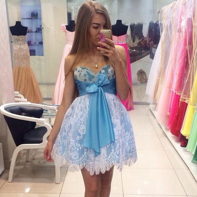 Ball Gown Sweetheart Short Blue Lace Beaded Homecoming Dress with Bowknot