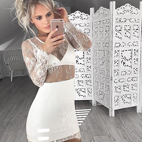 Sheath Scoop Long Sleeves White Mini Lace Homecoming Cocktail Dress