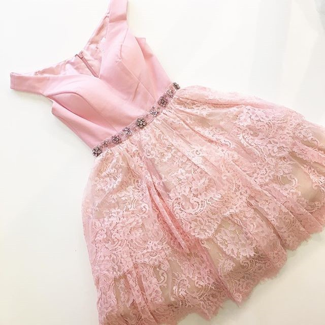 A-Line Off-the-Shoulder Cap Sleeves Pink Lace Homecoming Dress with Beading