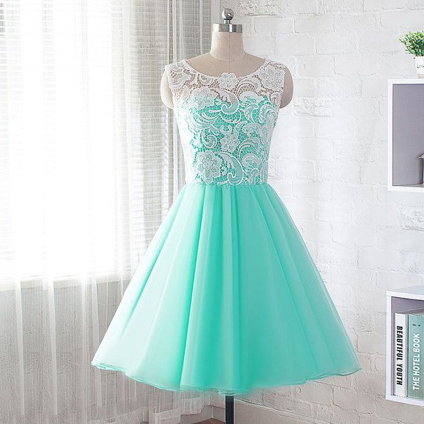 A-Line Jewel Short Mint Green Chiffon Homecoming Dress with Lace
