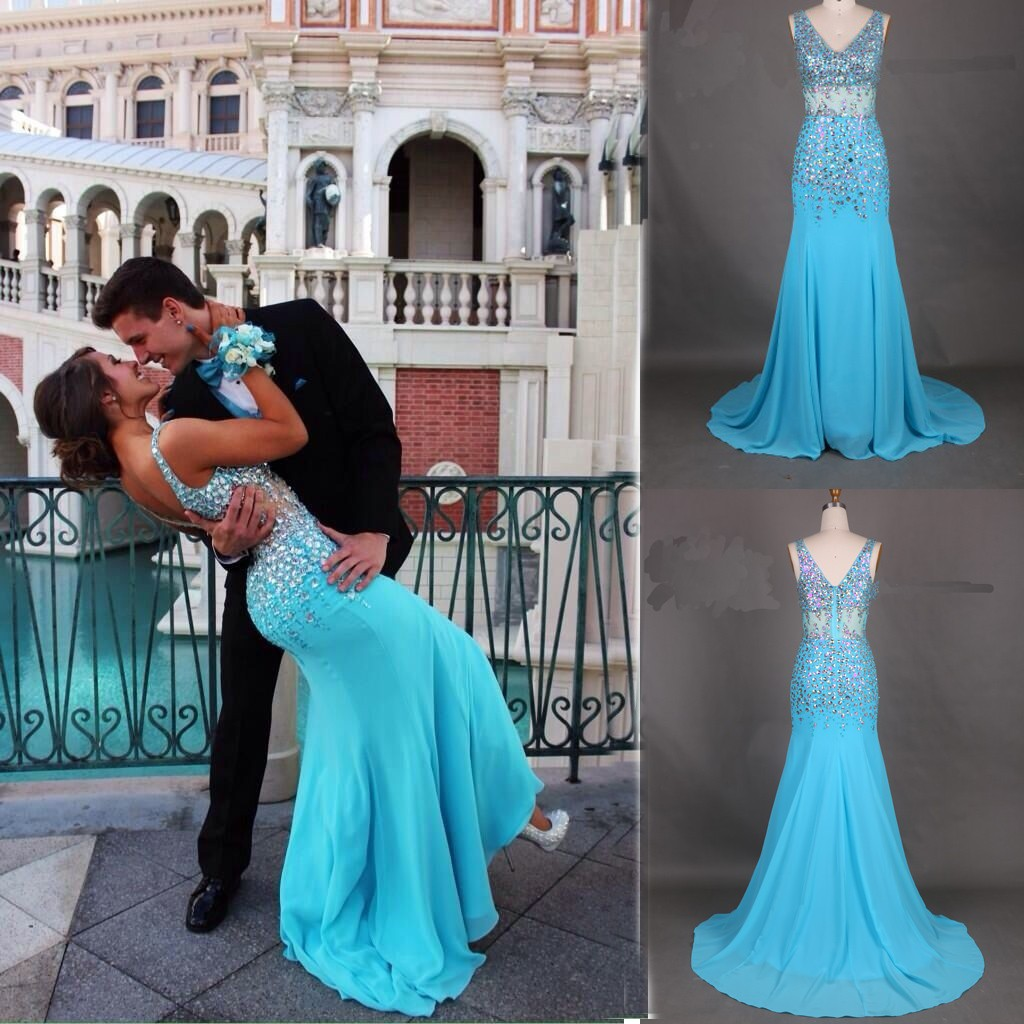 Elegant A-Line V-neck Sweep Train Sleevesless Chiffon Blue Prom Dress With Beading