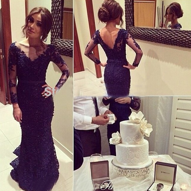 Hot Sell Mermaid/Trumpet Prom Dress - Dark Navy Lace Backless with Long Sleeve