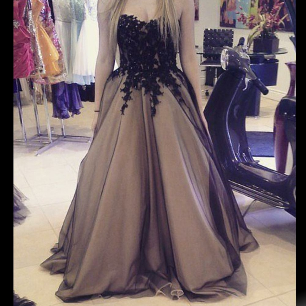 Charming Long Prom Dress - Black Champagne Sweetheart with Appliques