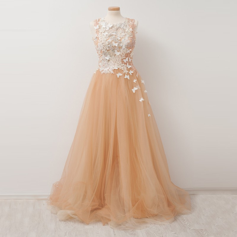 A-Line Round Neck Peach Tulle Prom Dress with Lace Appliques