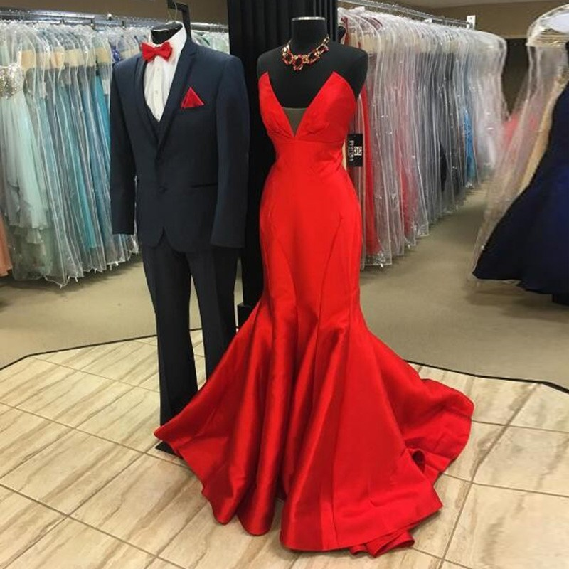 Red Mermaid Style Prom Dress - V-neck Sleeveless Sweep Train Lace-up