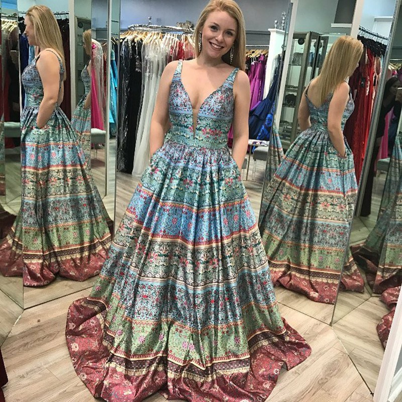 A-Line V-Neck Sweep Train Vintage Printed Prom Dress with Pockets