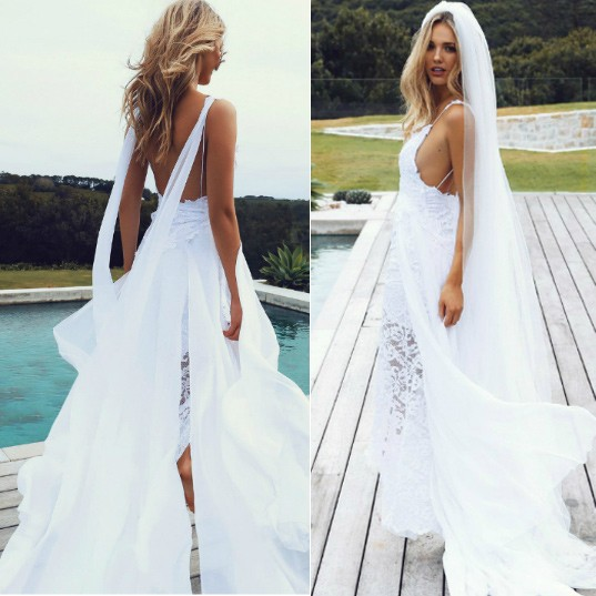 New Arrival Sexy Spaghetti Straps Backless Wedding Dress Bridal Gown