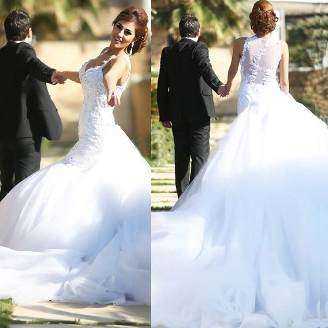 Honorable White Mermaid Wedding Dress Bridal Gown with Beaded