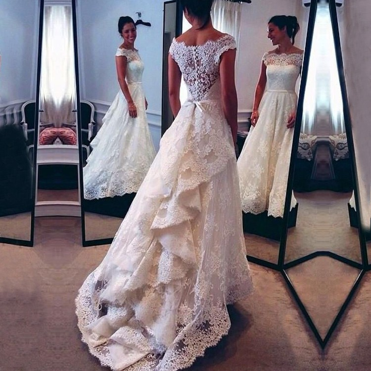 Elegant Lace Wedding Dress Bridal Gown with Long Sleeves