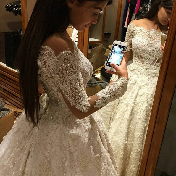 Luxurious Long Wedding Dresses Bridal Gown with Long Sleeves