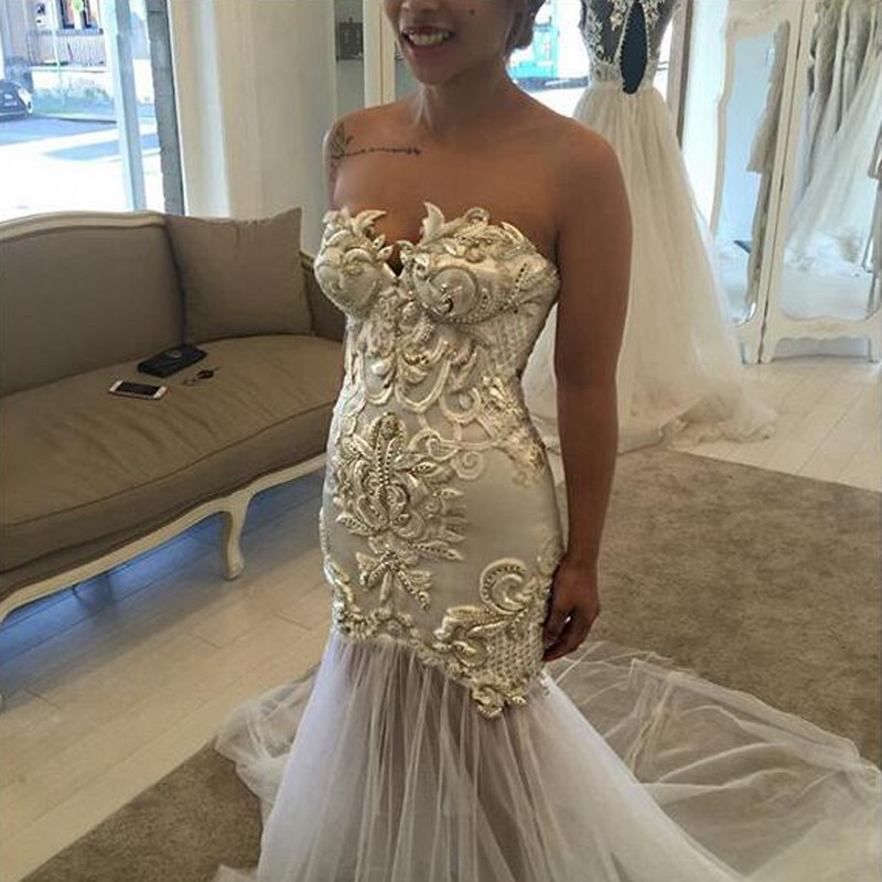Hot Selling Sweetheart Sheath Court Train Wedding Dress with Gold Appliques