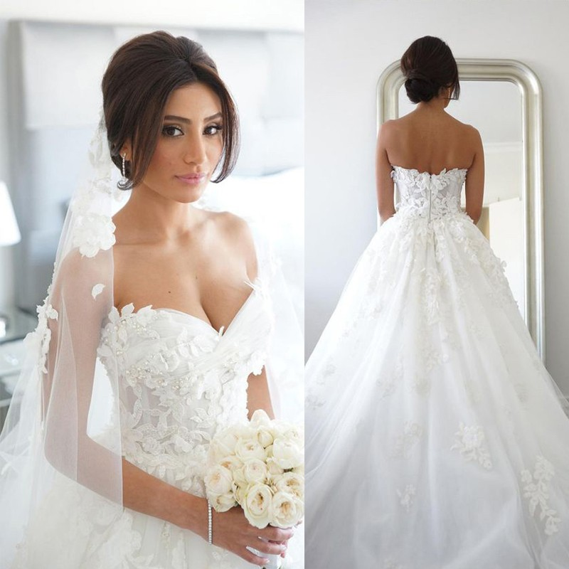 A-line Wedding Dress Bridal Gown with Handmade Flowers Sweetheart