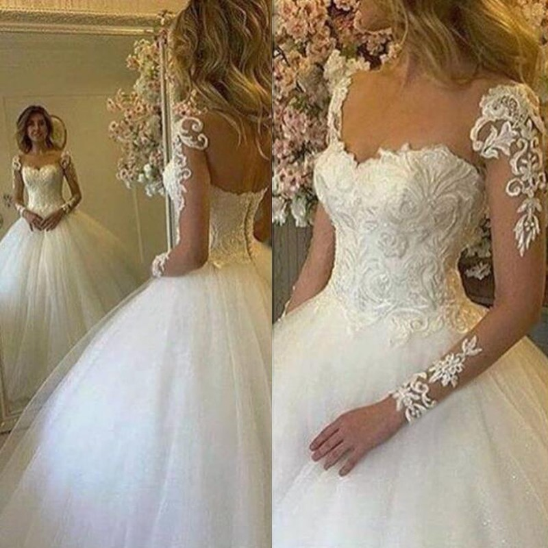 Chic Ball Gown Wedding Dress - V-Neck Long Sleeves Appliques Floor-Length