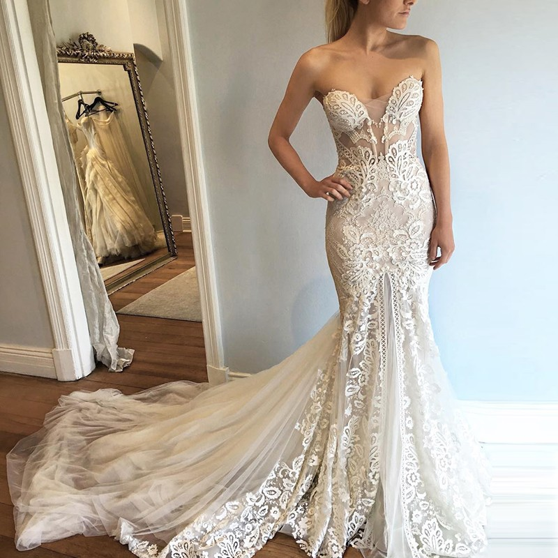 Mermaid Style Sweetheart Court Train Wedding Dress with Lace Appliques