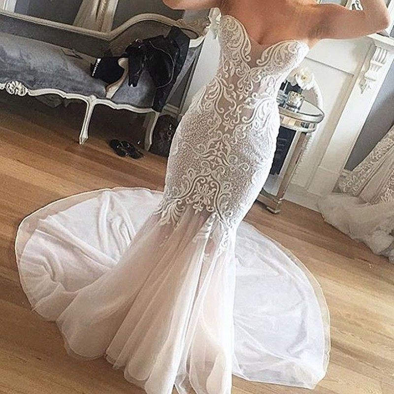 Mermaid Sweetheart Court Train Beading Wedding Dress with Lace
