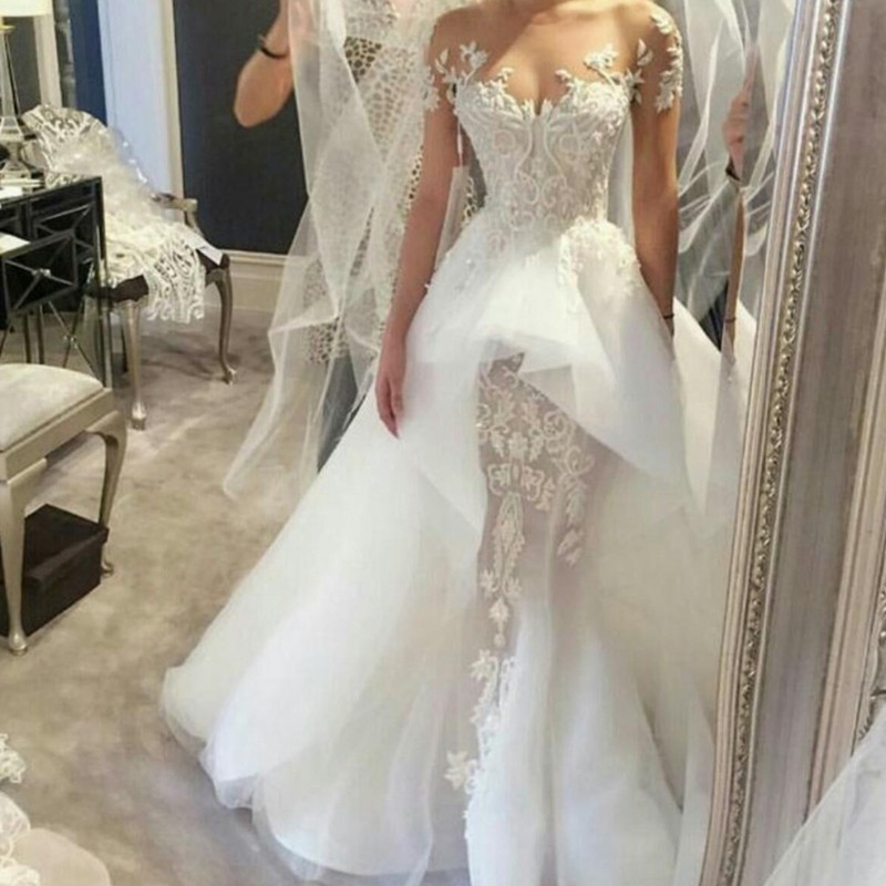A-line Jewel Short Sleeves Court Train Tulle Wedding Dress with Beading Lace