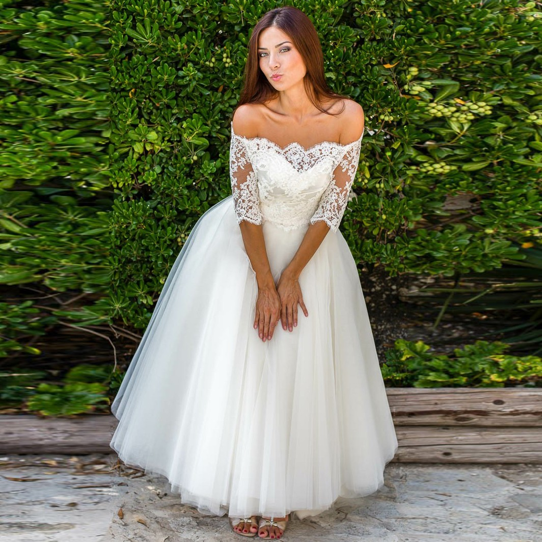 A-Line Off-the-Shoulder Half Sleeves Tulle Wedding Dress with Lace