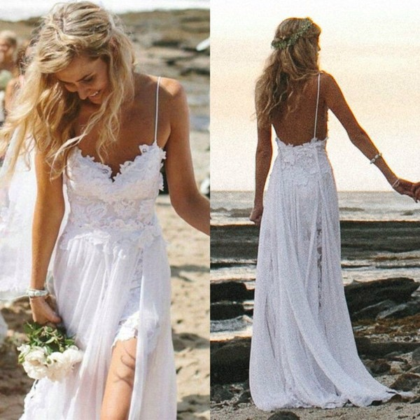 New Arrival Charming Spaghetti Straps Long Beach Wedding Dress with Appliques Lace