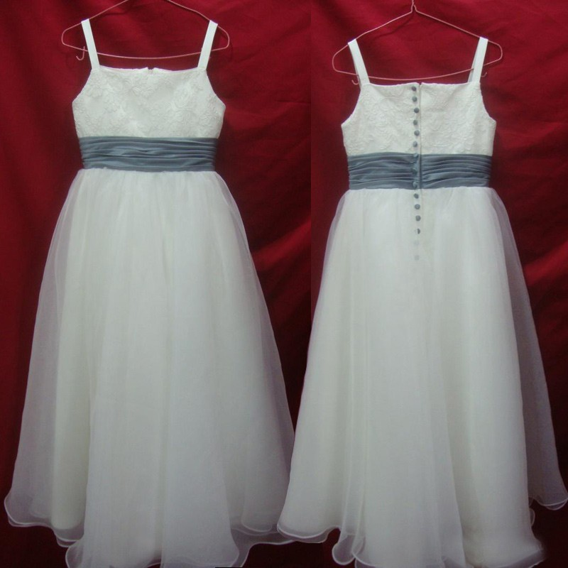 New Arrival Spaghetti Straps Flower Girl Dress with Sash